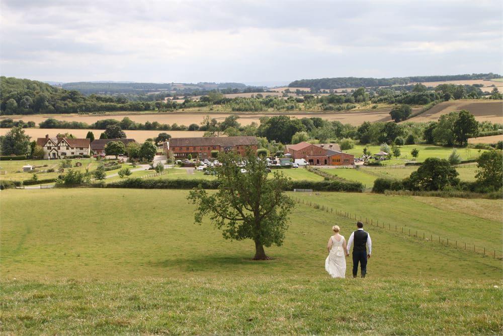 wedding in the Warwickshire countryside